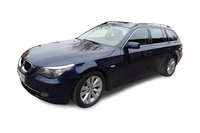 BMW 520 UNIVERSALAS nuomai